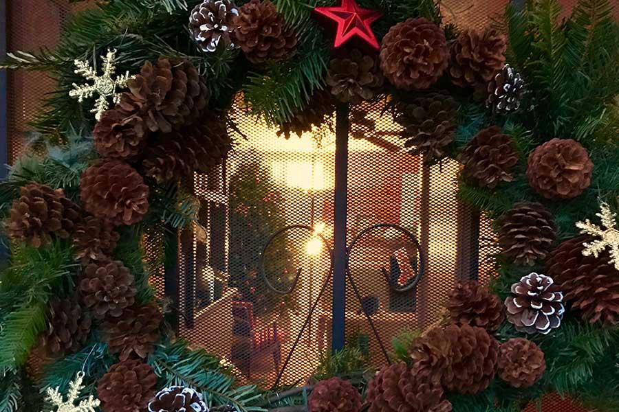 わくわくが高まるクリスマスの飾りつけ【写真:小田島勢子】