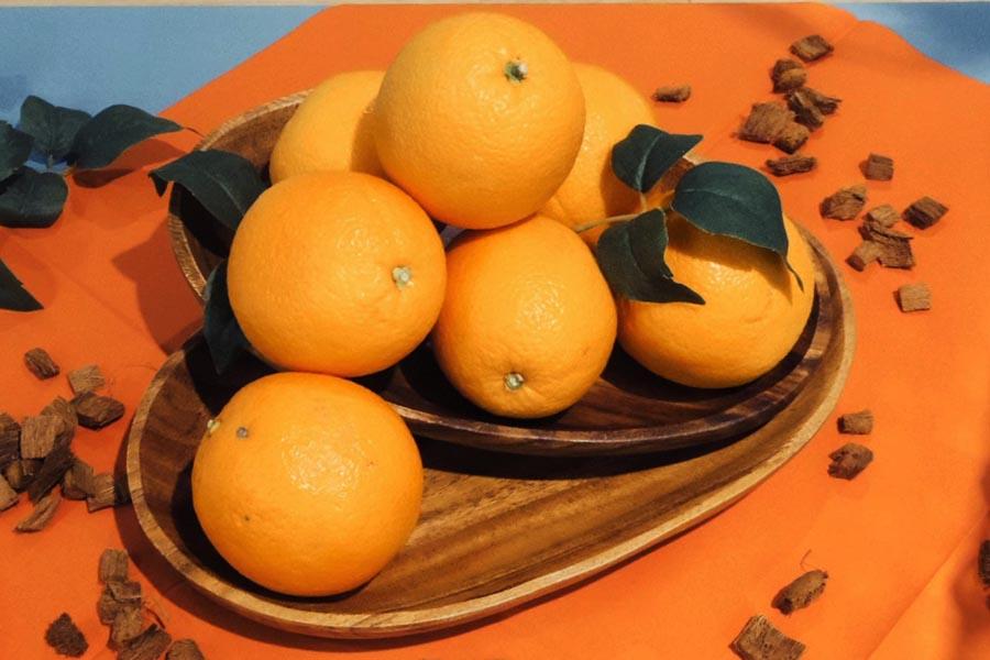 オレンジ色といえば果物のオレンジ【写真:Hint-Pot編集部】