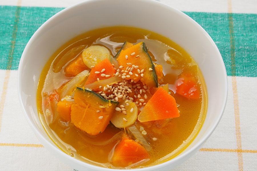 かぼちゃのぽかぽかスープ【写真:市川千佐子】