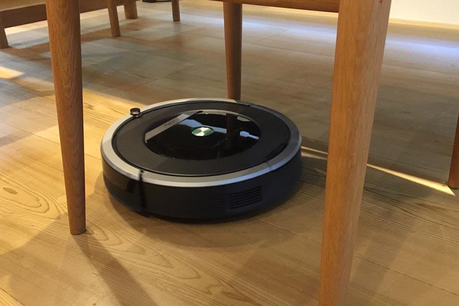 ロボット掃除機【写真:写真AC】