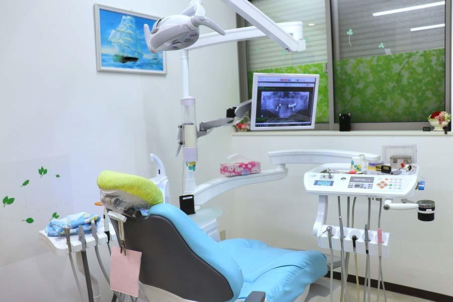 一般的な歯科医院の治療台【写真:Hint-Pot編集部】