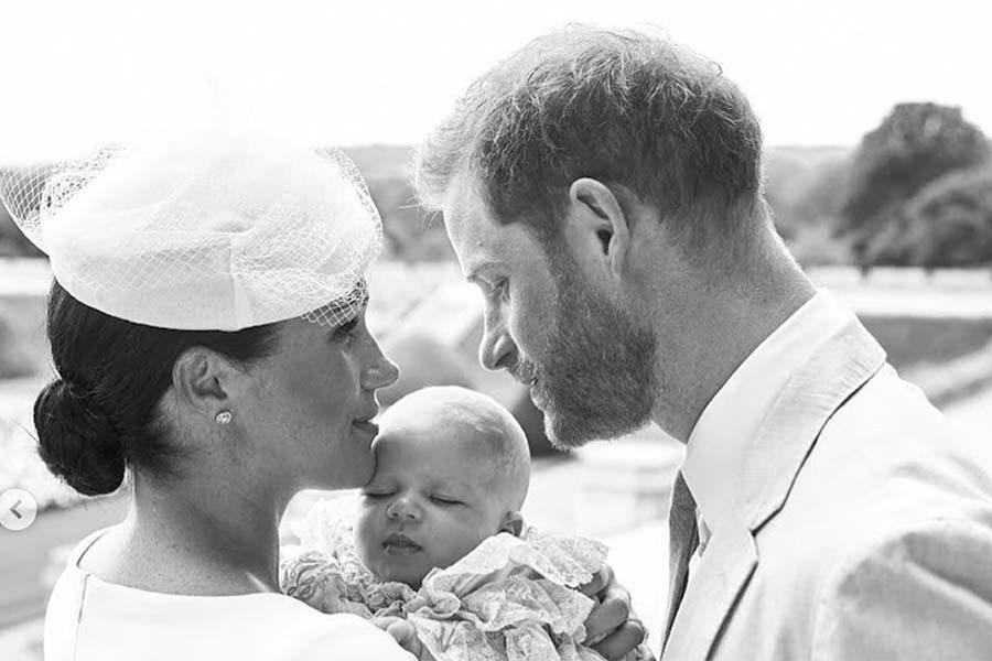 ヘンリー王子とメーガン妃と長男アーチーくん【写真提供:BANG SHOWBIZ】