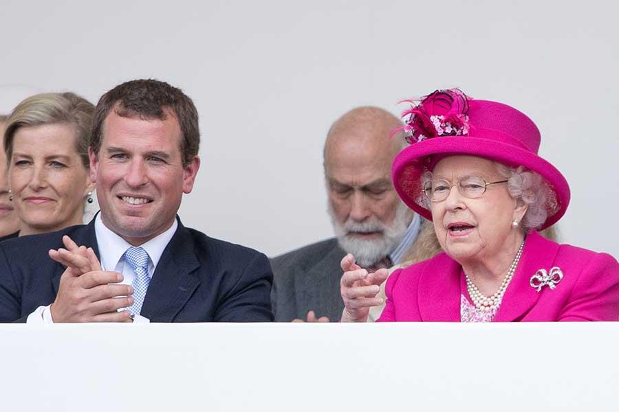 ピーター・フィリップスさんとエリザベス女王【写真:Getty Images】
