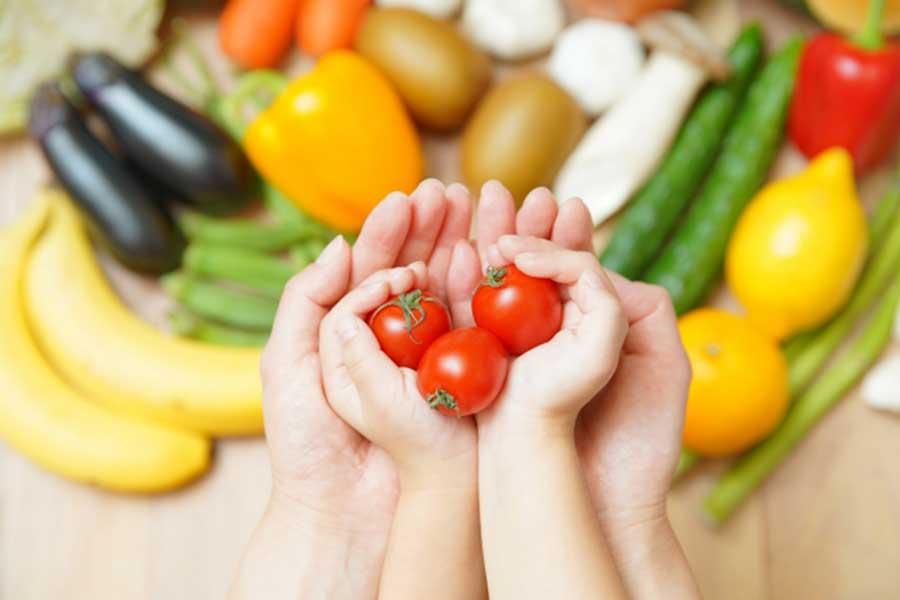 「栄養バランスの良い食事」をきちんと理解し、子どもの健康にも気配りを(写真はイメージ)【写真:写真AC】