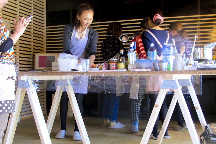 学校は休校 ママ友による料理教室は継続?(写真はイメージ)【写真:写真AC】