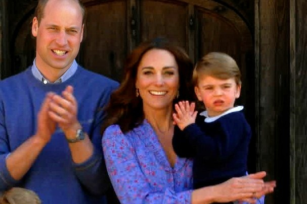 キャンペーンに参加したウイリアム王子、キャサリン妃、ルイ王子【写真:Getty Images】
