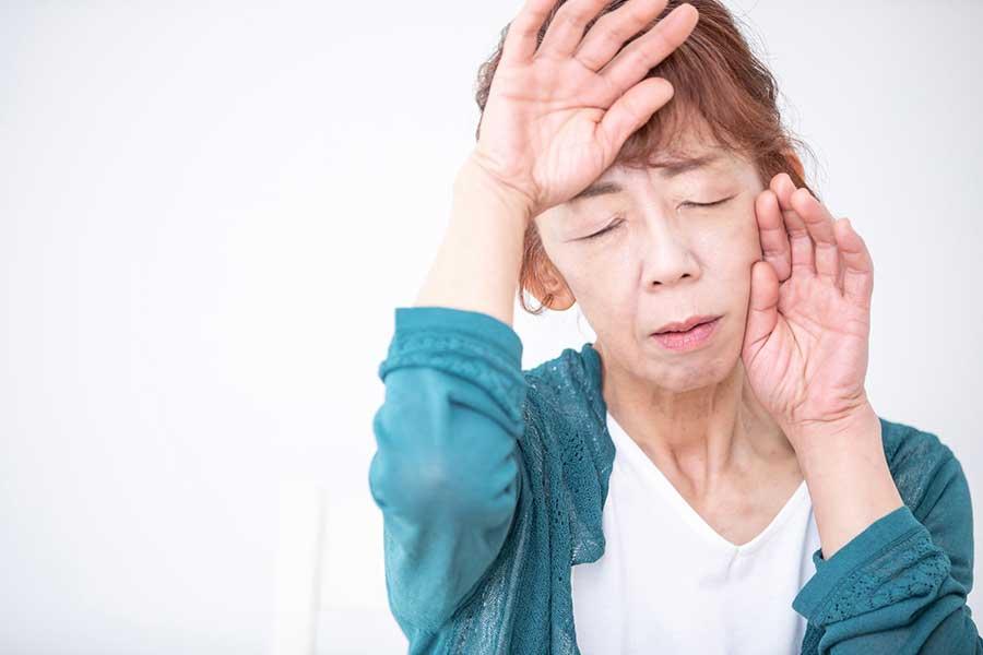 日本の女性が更年期を迎える年齢は平均で50.5歳(写真はイメージ)【写真:写真AC】