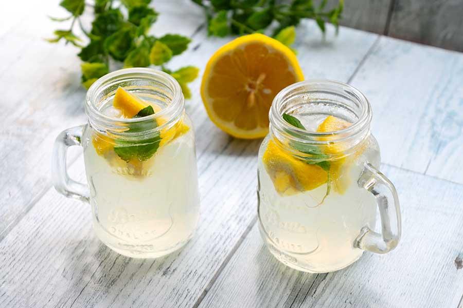 近年トレンドの「レモン」。2020年は無糖の「レモン飲料」がブームの兆しに(写真はイメージ)【写真:写真AC】
