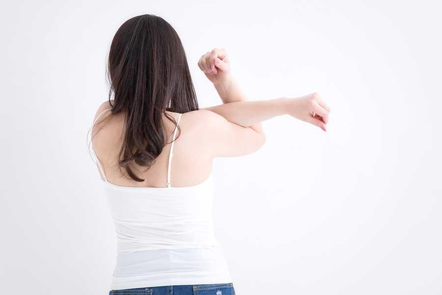 おしりと背筋のトレーニングで後ろ姿美人を目指す(写真はイメージ)【写真:写真AC】