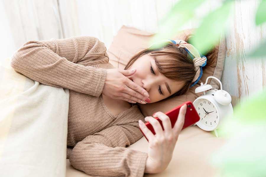 新しい生活様式で睡眠にも変化が。3割以上が「質が下がった」と答えている(写真はイメージ)【写真:写真AC】