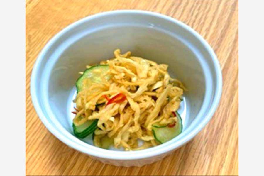 ダイエットにぴったりの簡単レシピ「切り干し大根のピリ辛サラダ」【写真提供:摂南大学】