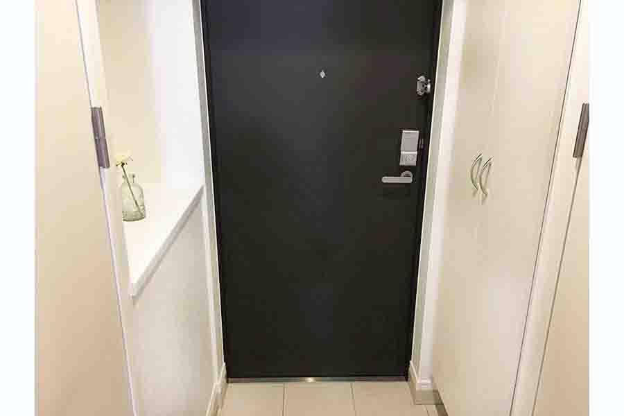 連載第2回は「玄関のインテリア」について解説(写真はイメージ)【写真:写真AC】