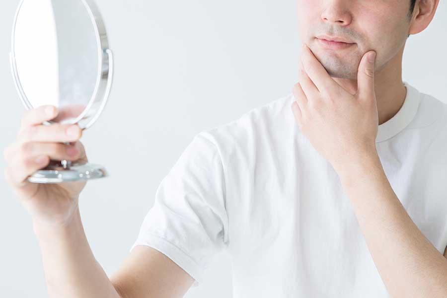 化粧に関心を持つ男性が増加の傾向に(写真はイメージ)【写真:写真AC】