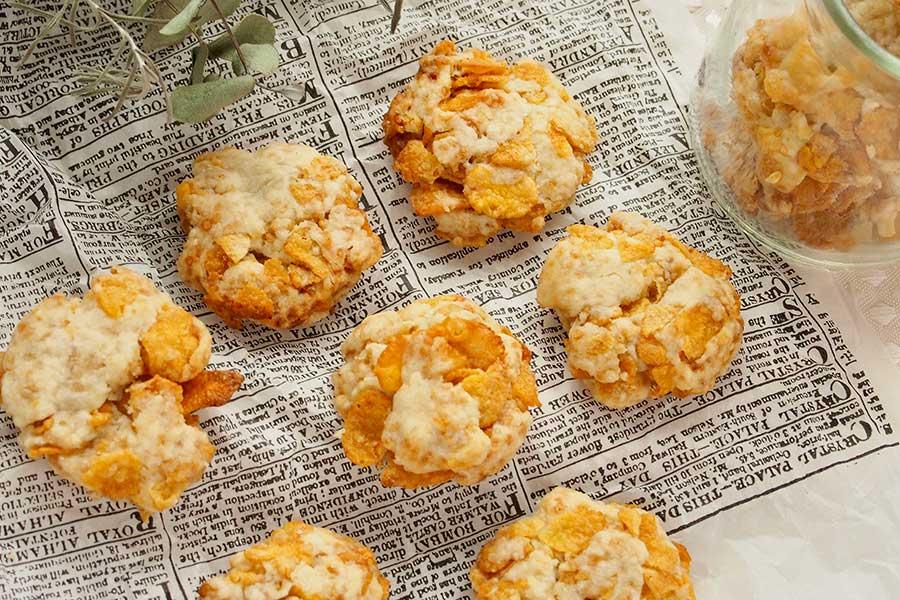 コーンフレークのザクザククッキー(基本のプレーンタイプ)【写真:市川千佐子】