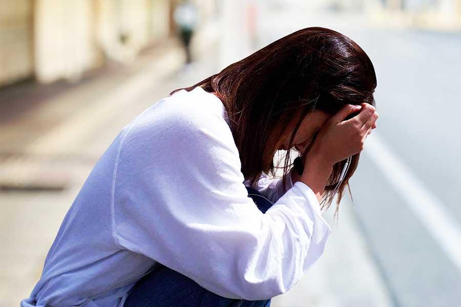 生理中とその前後の症状は千差万別。真の理解は女性同士でも難しい?(写真はイメージ)【写真:写真AC】