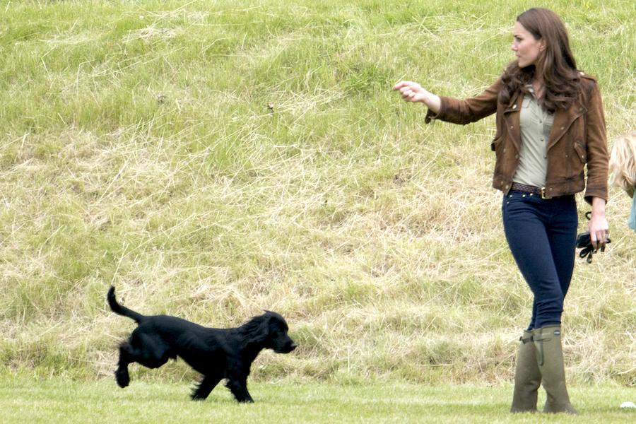 キャサリン妃と愛犬のルポ【写真:Getty Images】
