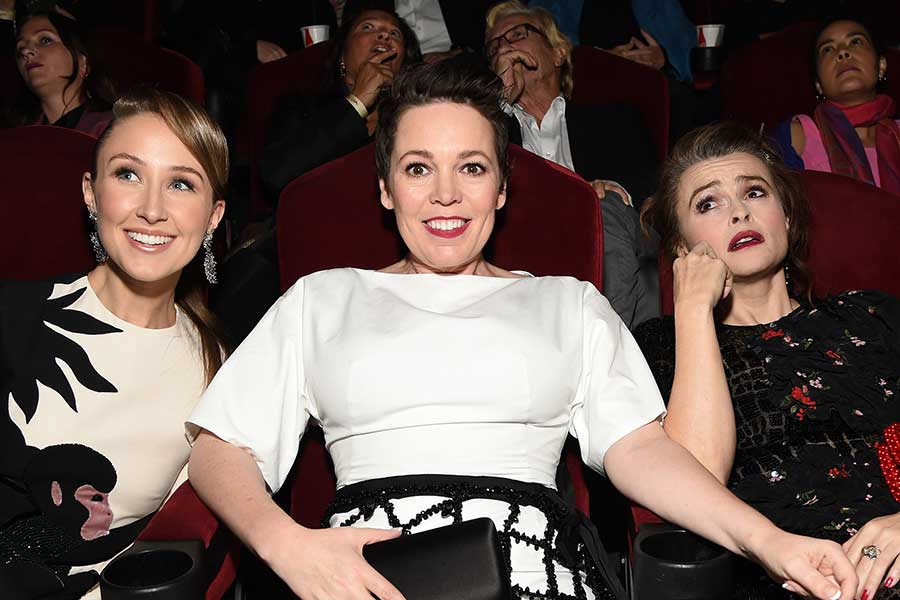 『ザ・クラウン』シーズン3&4に出演する(左から)エリン・ドハティ、オリヴィア・コールマン、ヘレナ・ボナム=カーター【写真:Getty Images】