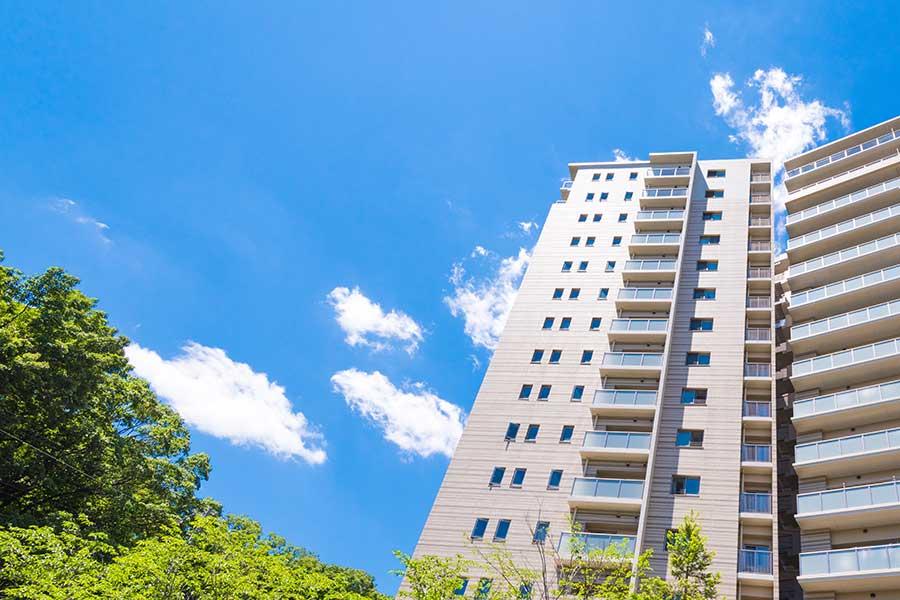 コロナ禍で郊外への「住み替えニーズ」上昇 中古マンション価格の相場に下落傾向なし