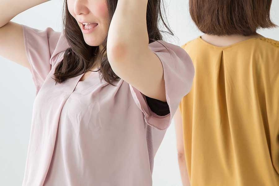 「謝らない人」にうんざり……人間関係に亀裂が生じることも(写真はイメージ)【写真:写真AC】