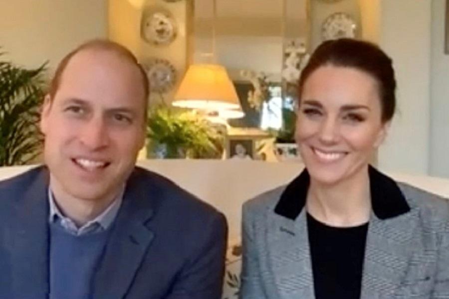 今年初公務の様子を公開したウイリアム王子とキャサリン妃【写真:AP】