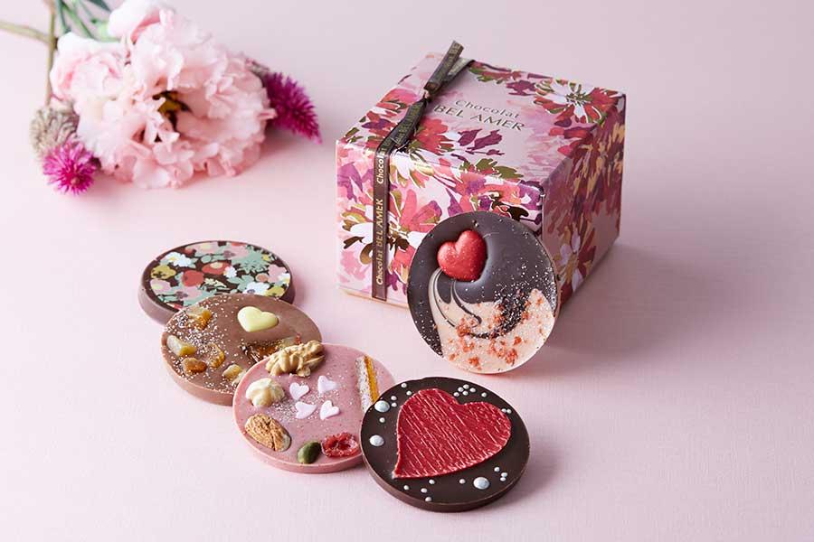 通常は30種類あるパレショコラ。バレンタイン時期のラインナップは50種類に及ぶそう【写真提供:ベルアメール】