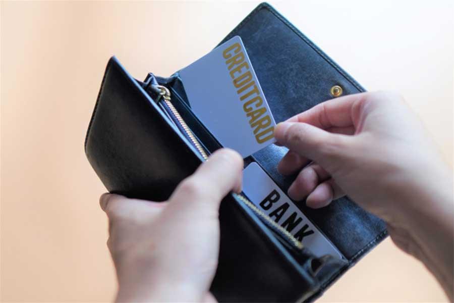 ほぼ毎日使うものだからこそ生活スタイルや趣味に合った財布を選びたい(写真はイメージ)【写真:写真AC】