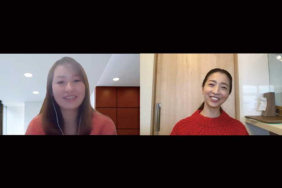 オンラインで対談した浅原ゆきさん(左)と美馬アンナさん【画像:Hint-Pot編集部】