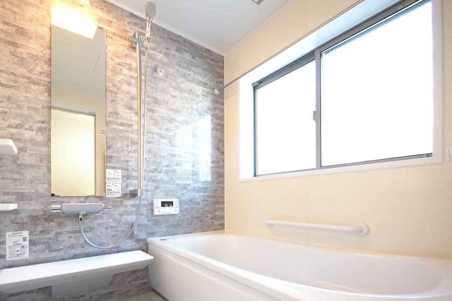 風呂場は常にしっかり乾燥させることが大切(写真はイメージ)【写真:写真AC】