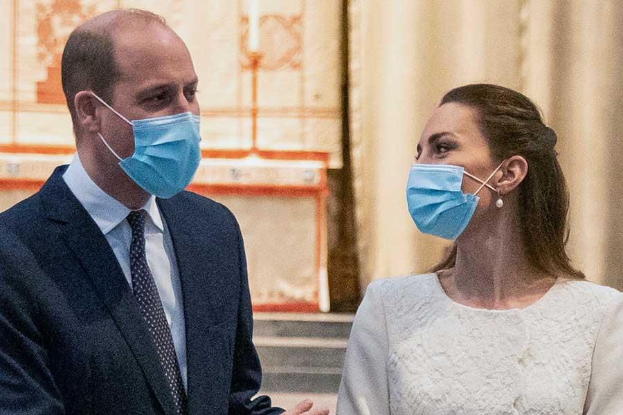 公務中のウイリアム王子とキャサリン妃【写真:AP】