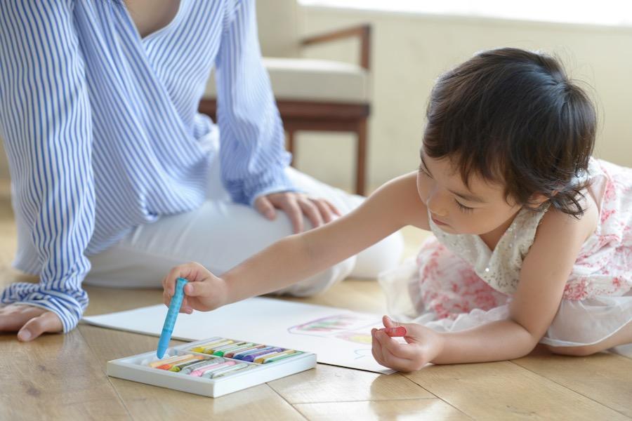 子どもの健やかな成長を願うなら子ども部屋の方角に注意(写真はイメージ)【写真:写真AC】
