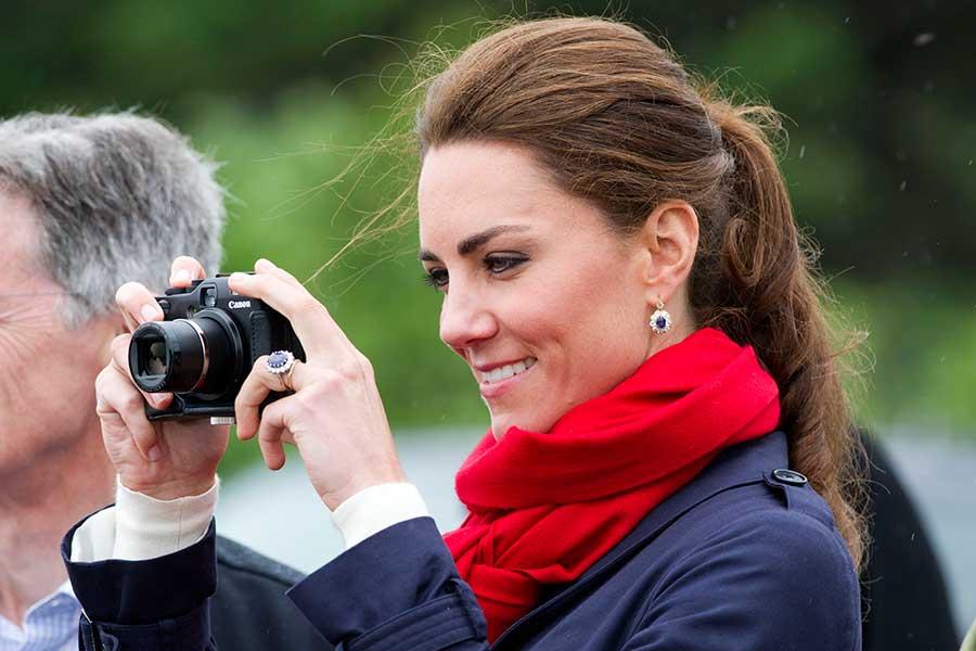 自らも写真撮影を行うことで知られるキャサリン妃【写真:Getty Images】