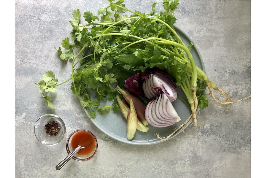 薬味という通称を持つ香味野菜【写真:村上華子】
