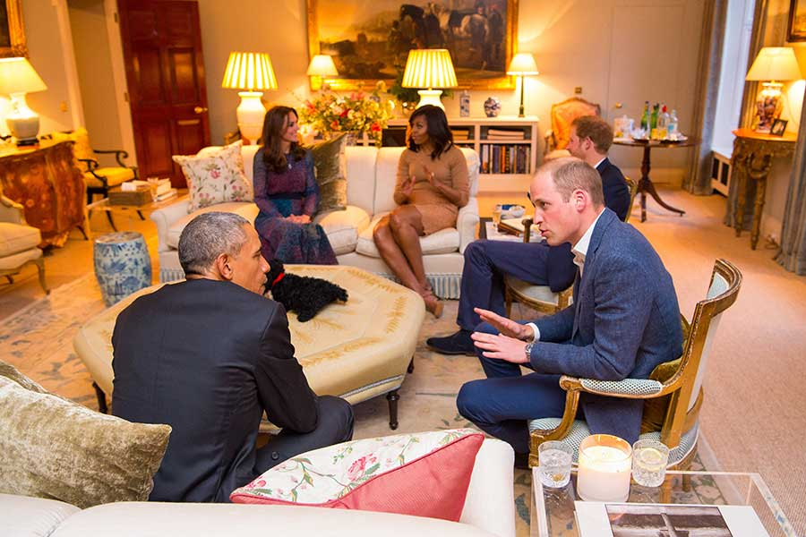 2016年4月、当時のオバマ米大統領夫妻が訪問したアパートメント1Aのドローイングルーム(客間)【写真:Getty Images】