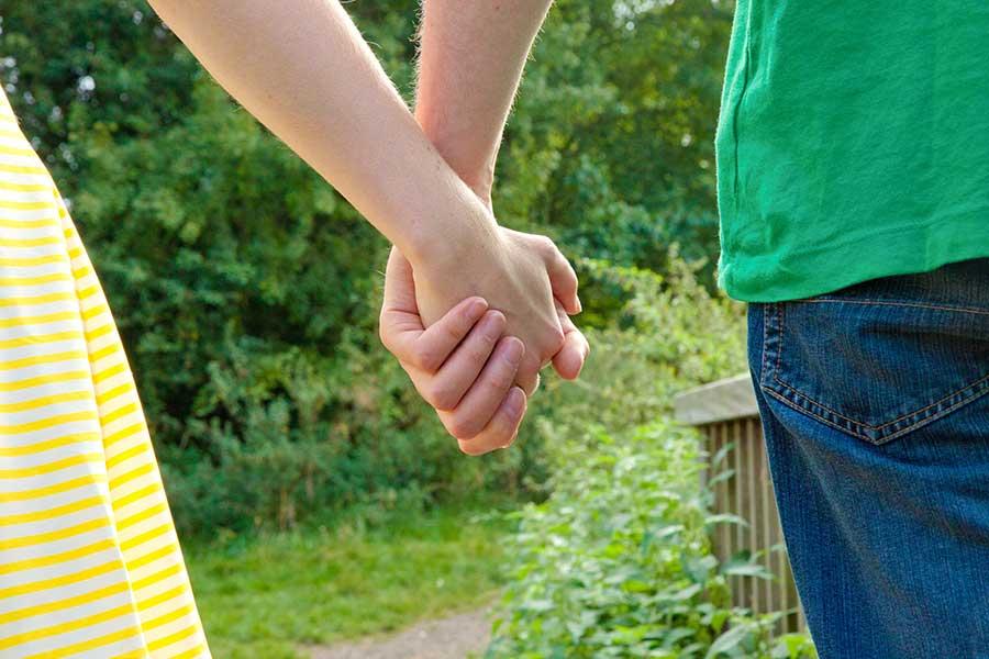 男性の性機能に関する悩みを前向きに解決していくには(写真はイメージ)【写真:写真AC】