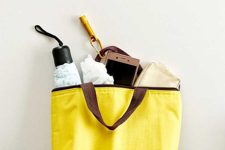 黄色いバッグは金運アップに有効?(写真はイメージ)【写真:写真AC】