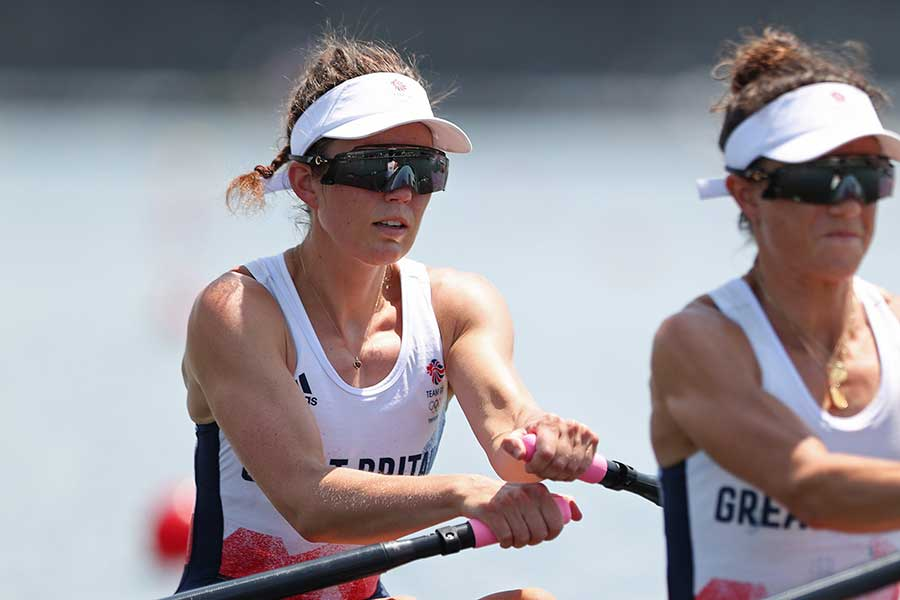 7月24日、女子軽量級ダブルスカル予選に出場したエミリー・クレイグ選手(左)、イモーゲン・グラント選手【写真:Getty Images】