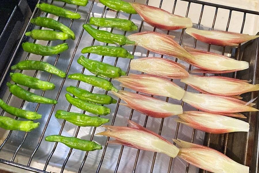 魚焼きグリルで焼くので、暑い夏でも楽々調理【写真:和栗恵】