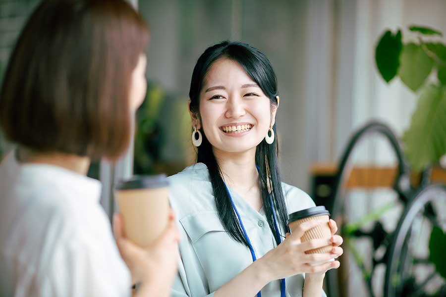 生理の時でも笑顔でいたい…関連する悩みは専門医への相談で解消を(写真はイメージ)【写真:写真AC】