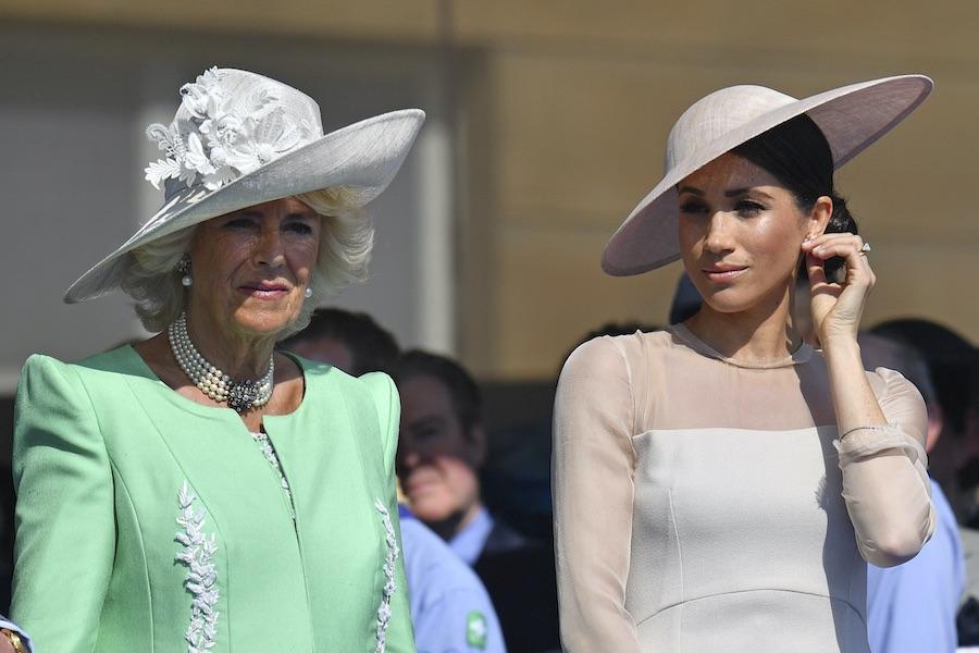 カミラ夫人とメーガン妃【写真:AP】