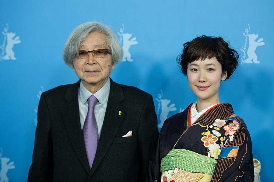 2014年2月、ベルリン国際映画祭で山田洋次監督と【写真:Getty Images】