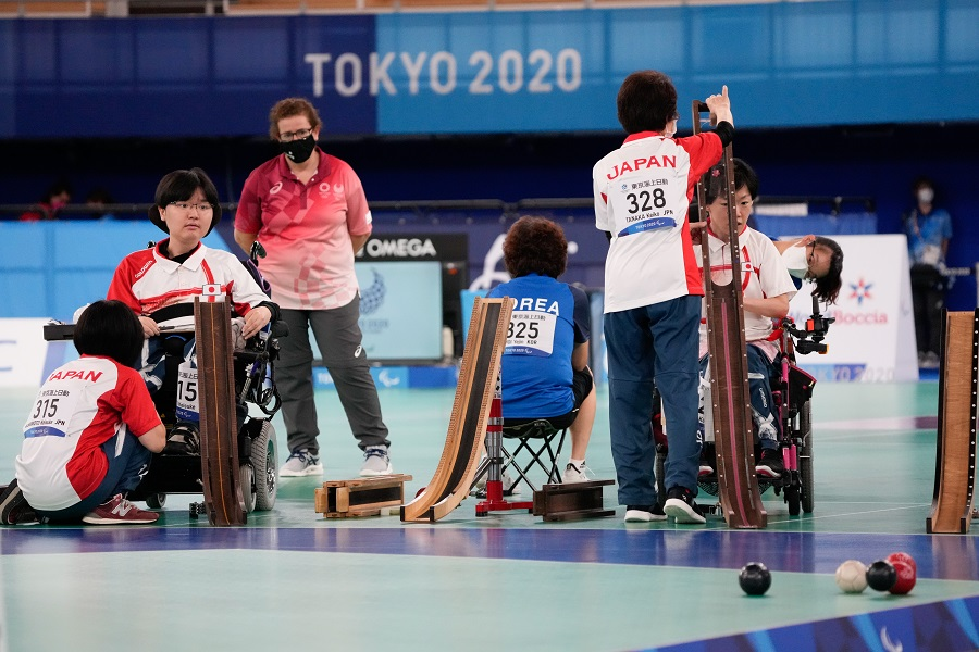 9月4日、ボッチャの混合ペア(BC3)決勝。日本は銀メダルを獲得した【写真:Getty Images】