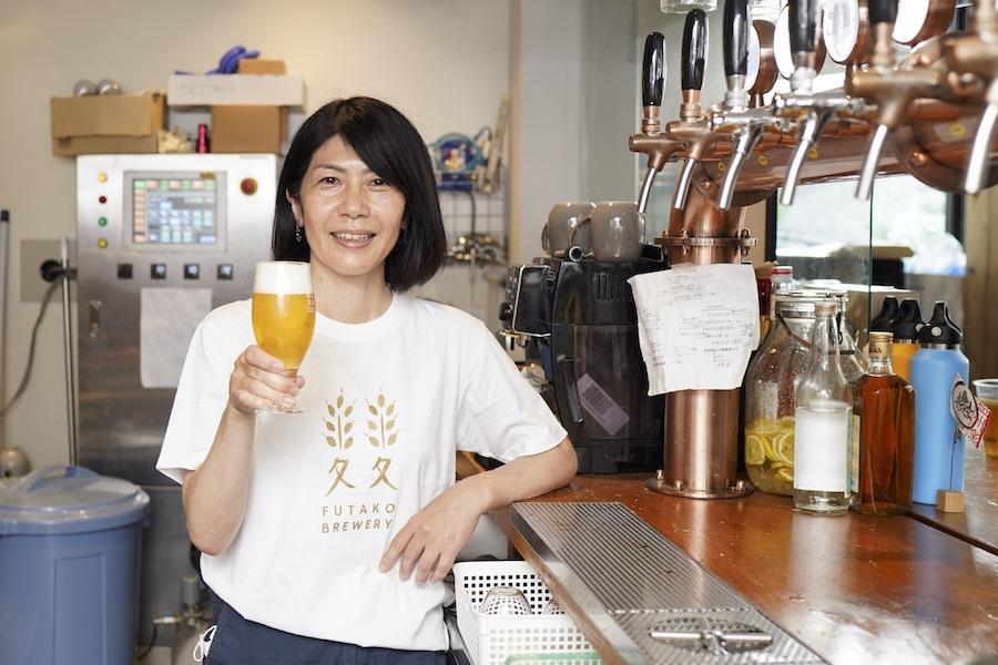 二子玉川の「ふたこビール醸造所」でクラフトビールを造る市原尚子さん【写真:荒川祐史】