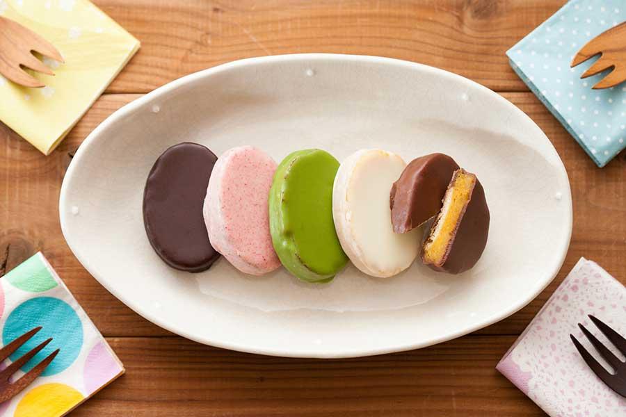 上品なベルギー産チョコが安納芋のしっかりした甘味を引き立てます【写真提供:スイーツファクトリー・スリーズ】