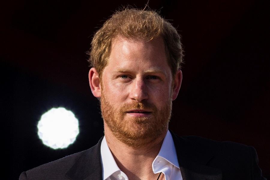 NYのチャリティライブに出演したヘンリー王子【写真:AP】