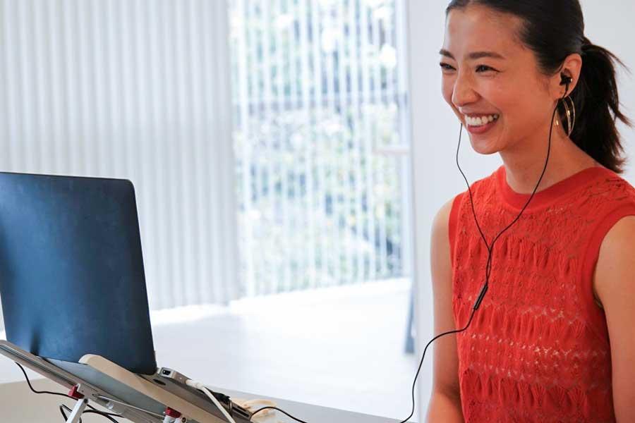 初のオンラインイベントに終始笑顔が絶えない美馬アンナさん【写真:Hint-Pot編集部】